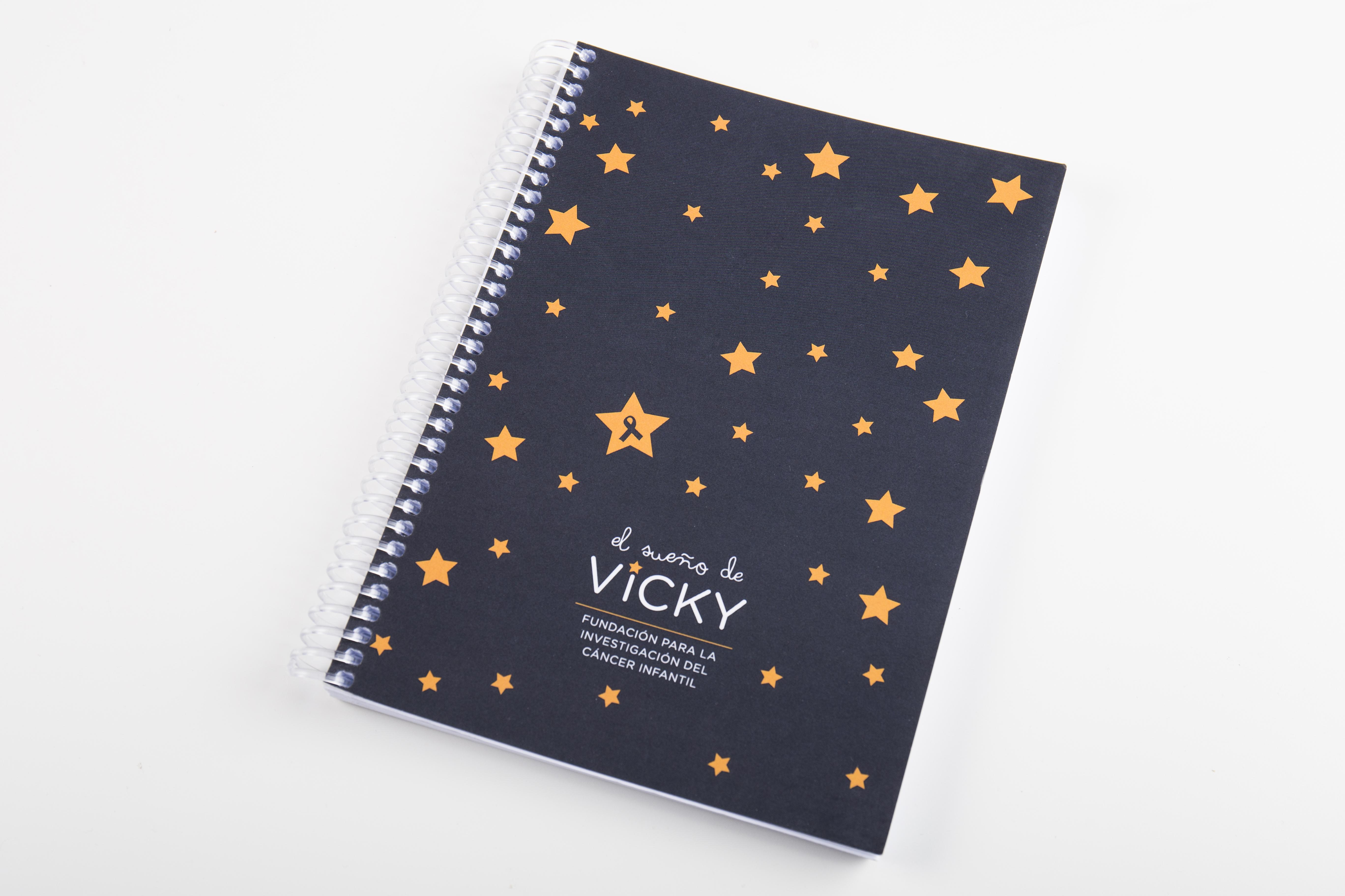 Cuaderno de notas gris oscuro