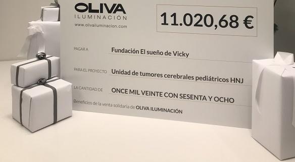 Lámparas solidarias de OLIVA ILUMINACIÓN para El sueño de Vicky